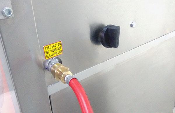 Conexión de gas a nuestro carrito de crepas